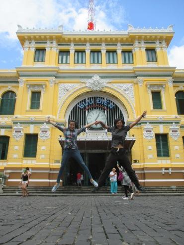 HCM post office (Aleu & Takaten)